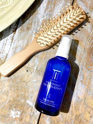 Spray mere volumen i dit hår