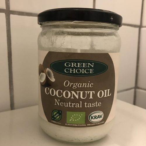 Jeg har brugt Organic Coconut Oil fra Green Choice til min egen test. Den koster 40 kr for 400 gr.