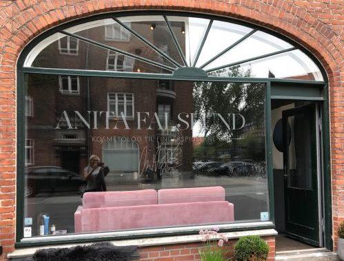Anita Falslund, behandling, Amager, Lisa Axelsen, Ling, fugt, frugtsyre, ansigtsbehandling, pleje, hud