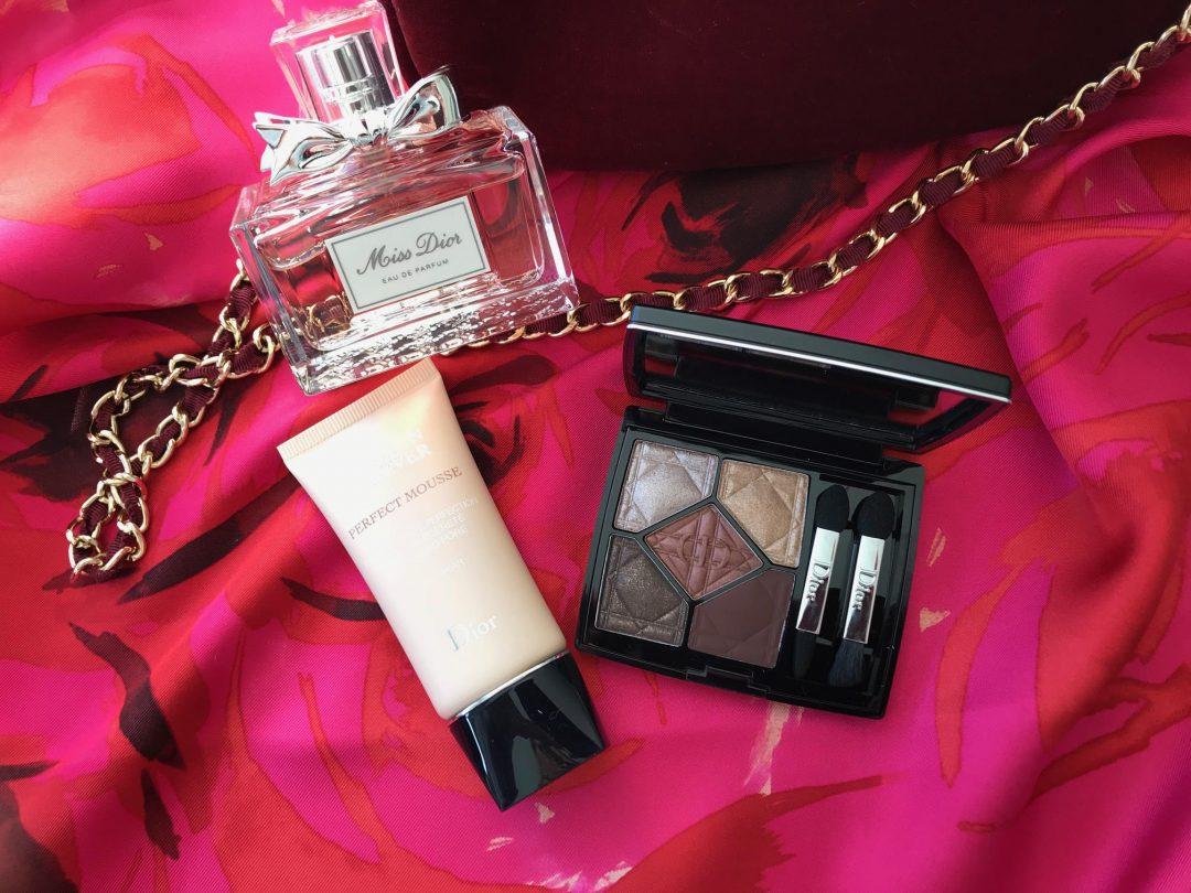 Dior, makeup, parfume, øjenskygge, foundation,