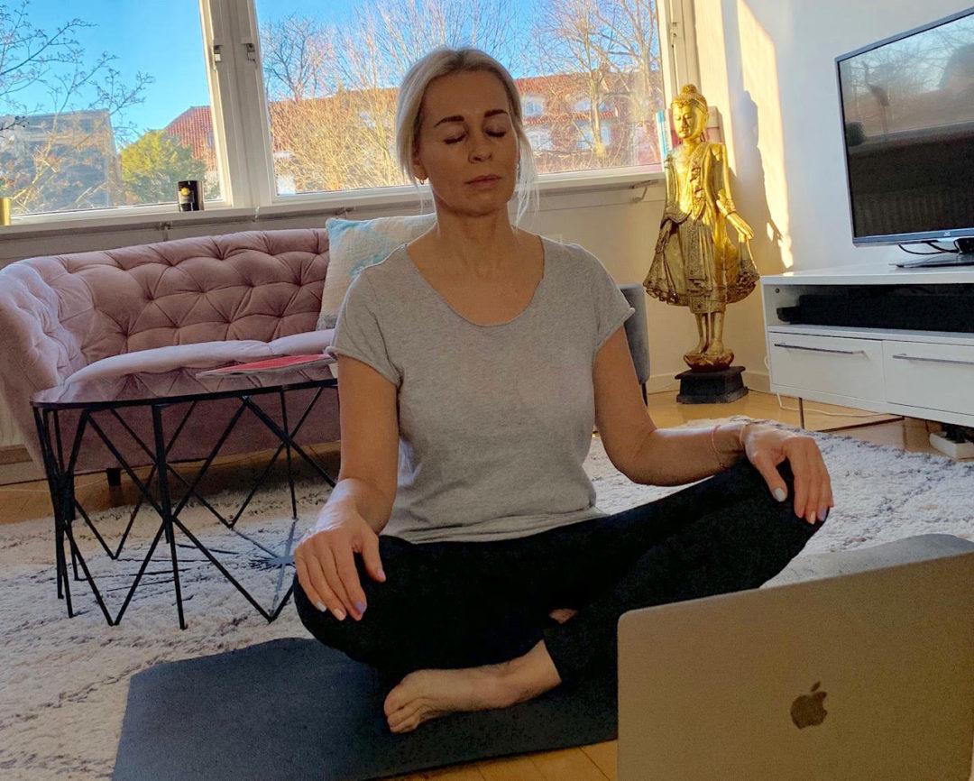 yoga, motivation, Adriene, Silke Grane, motion