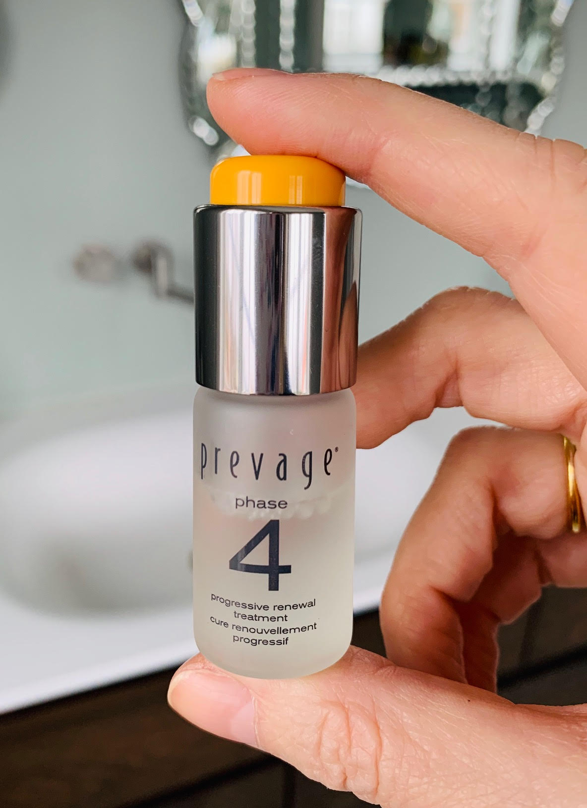Prevage, peeling, bedre hud på 4 uger, Elizabeth Arden, Progressive Renewal Treatment, test